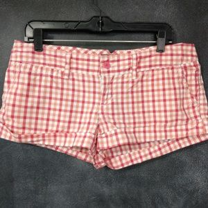 AMERICAN EAGLE OUTFITTERS   Red Plaid Short Shorts